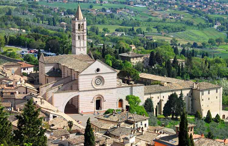 Tour Assisi St Claire Church