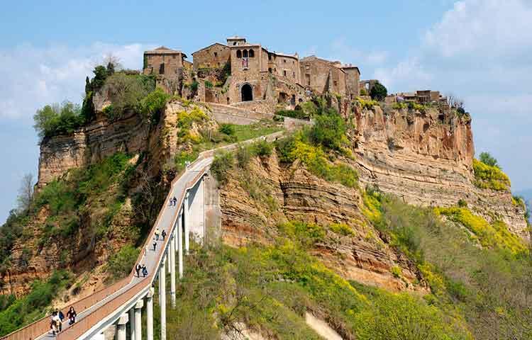Civita di Bagnoreggio and Orvieto private excursions